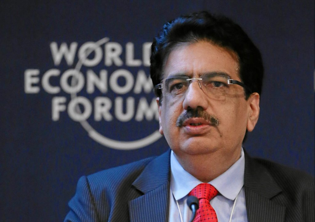 Vineet Nayar The upside down Manager
